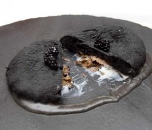 pizza-nera-fritta-tartufo