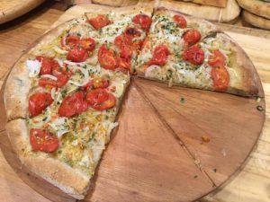 Mia Pizza Cipolla Bianca piata più Pomodorini