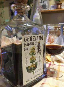 bottiglia-genziano-con-vino-cotto